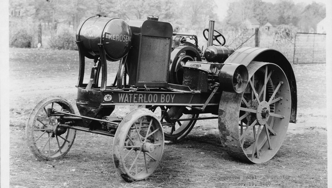 Der Erste Traktor