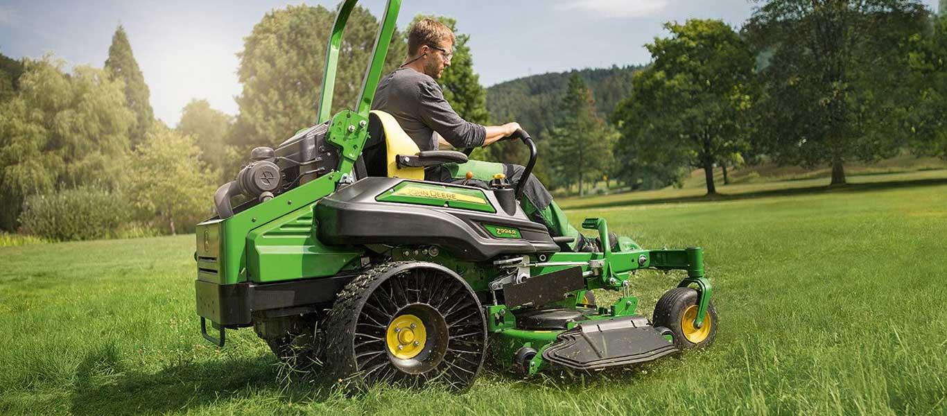 Z994R, Professionelle Rasen- und Landschaftspflege, Serie Z900R, Null-Wenderadius-Mäher